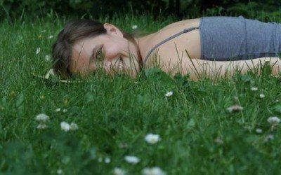 Interjú Illés Flórával: Befelé hallgatok