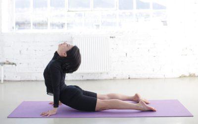 KÖZÉPHALADÓ Astanga jóga tanfolyam