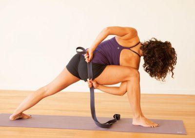 adela-binding-what-is-iyengar-yoga_0