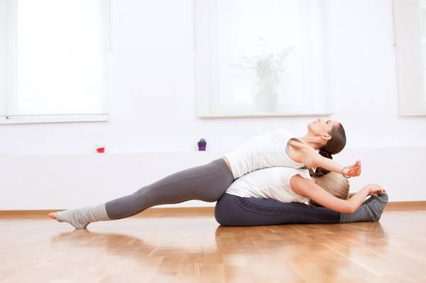 Páros jóga Valentin napra – Összehangolódás jógával